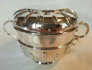 A Sterling Silver Lidded Porringer.  London 1928.  By Fowler & Polglaze Ltd photo