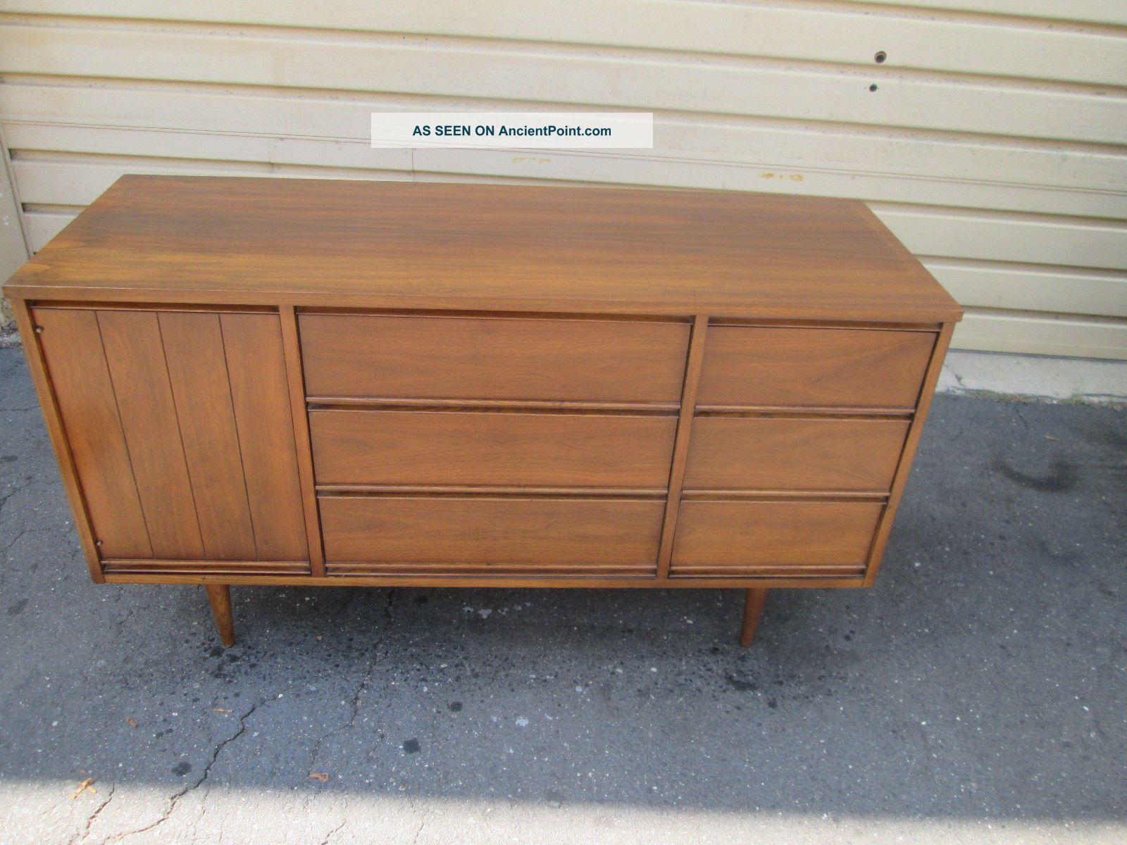 56044 Mid Century Modern Buffet Sideboard Server Cabinet Post-1950 photo
