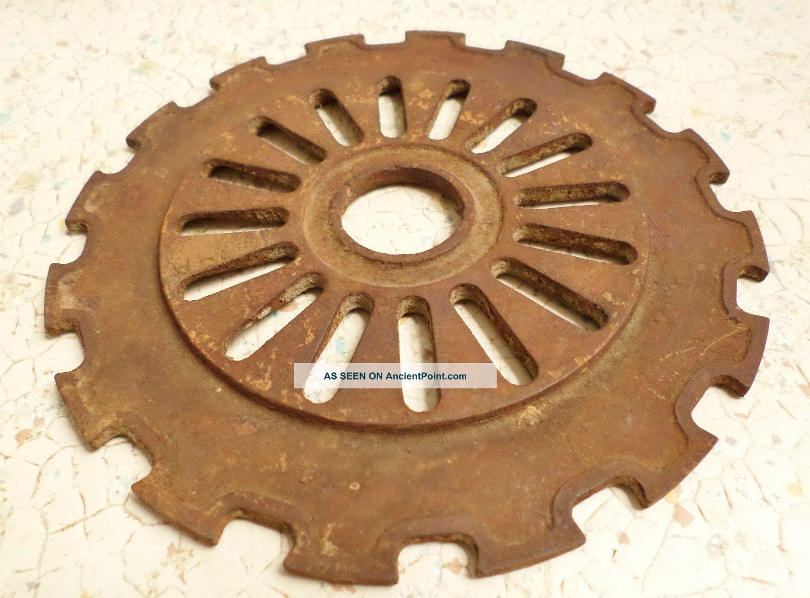 Vintage IH Farm Seed Planter Plate Gear Cast Iron Steampunk
