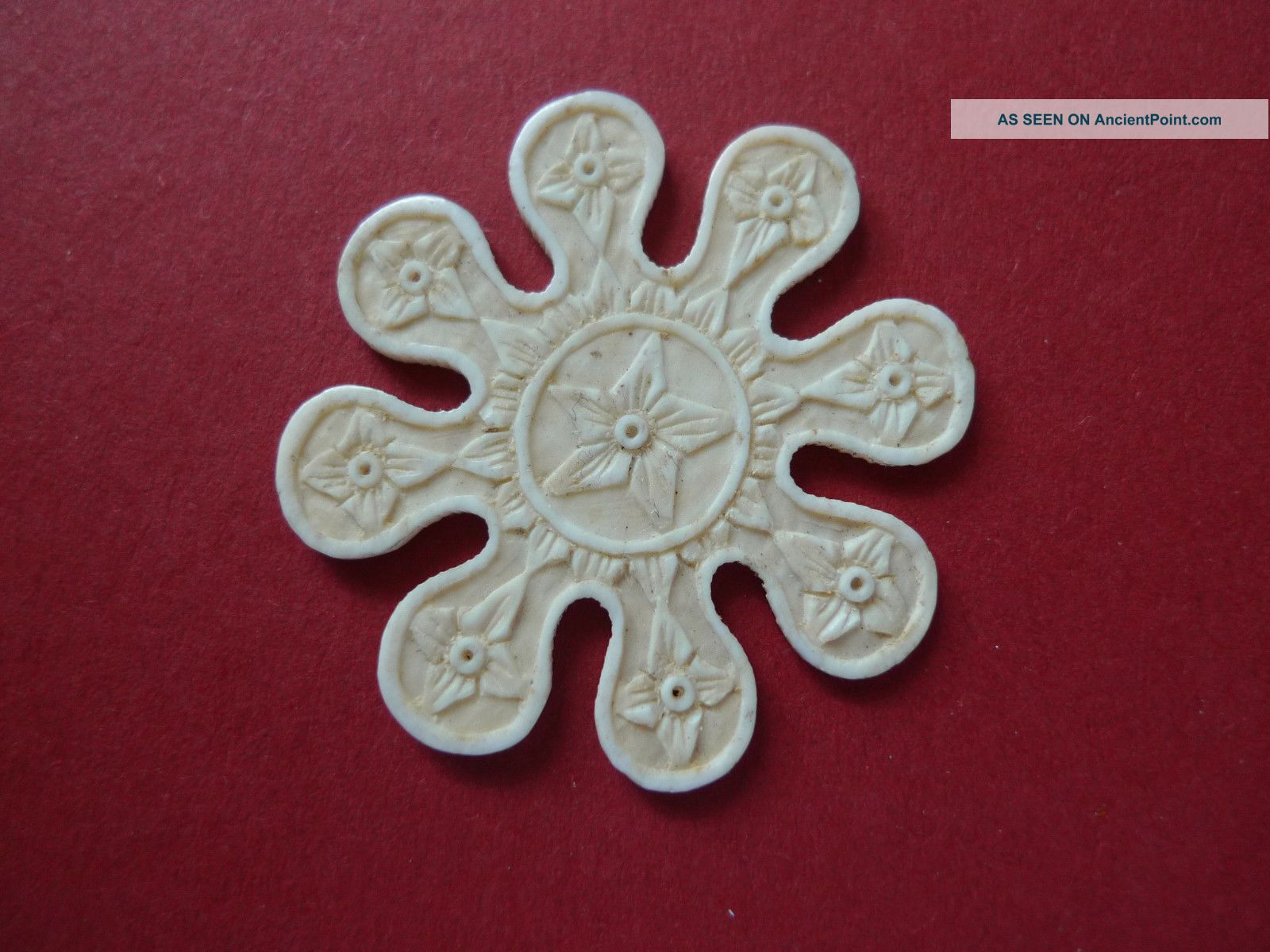 Hand Carved Flowers Snow Flake Thread Winder Sewing Ca 1850 Other Antique Sewing photo