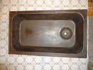 Antique Cast Iron Laundry Sink,  Maine Farm Estate,  Solid,  S.  M.  Co.  B 2 - 1/2,  Dover,  Nh photo
