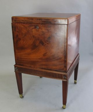 Authentic Early 19th C.  Mahogany Cellarette C.  1820s American Federal Cabinet photo