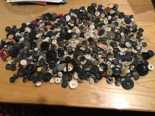 Vintage Large Tin Of Grandma ' S Assorted Buttons 3.  3 Bs photo