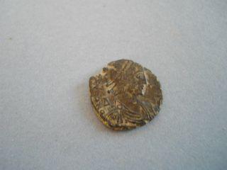 Bronze Constantine 11.  (015448). photo