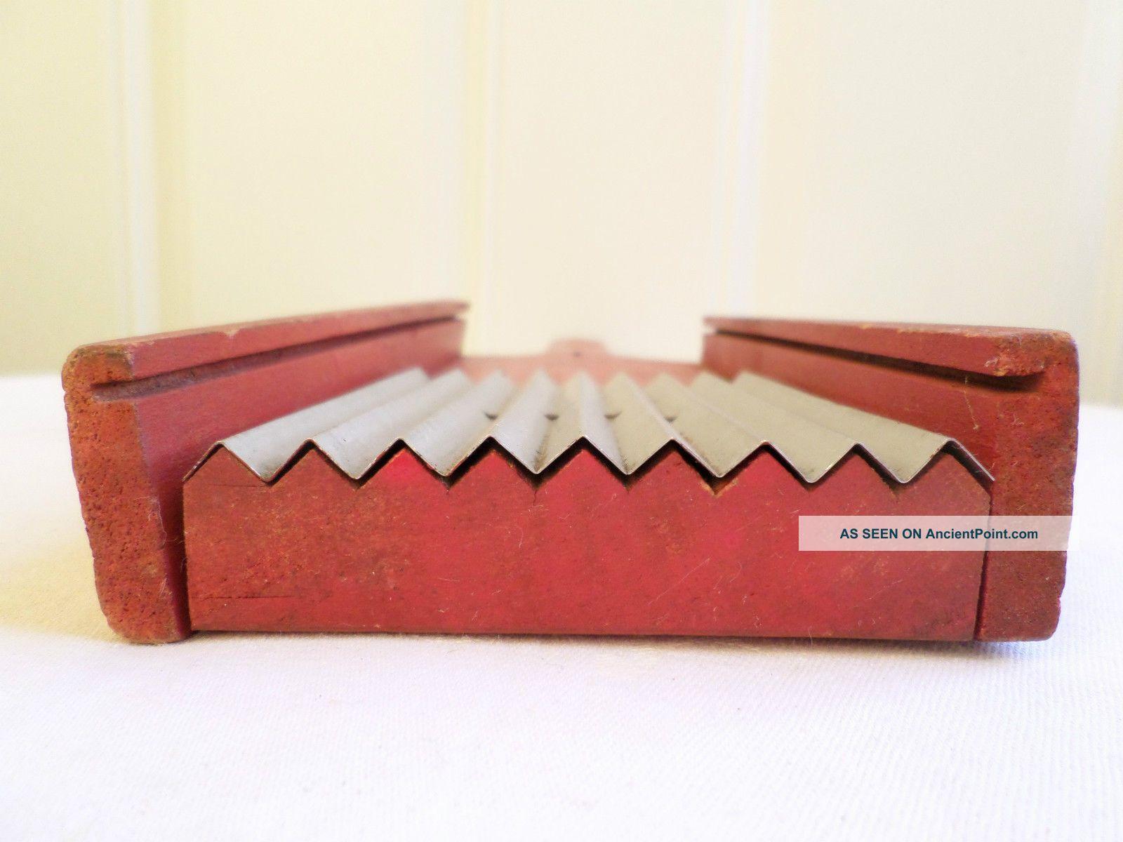 Vintage Metal Wood Hand Held Vegetable Slicer Shredder Kitchen