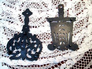 Vtg Antique Cast Iron Trivets Hearth Brooms & Scrolled Pattern Marked