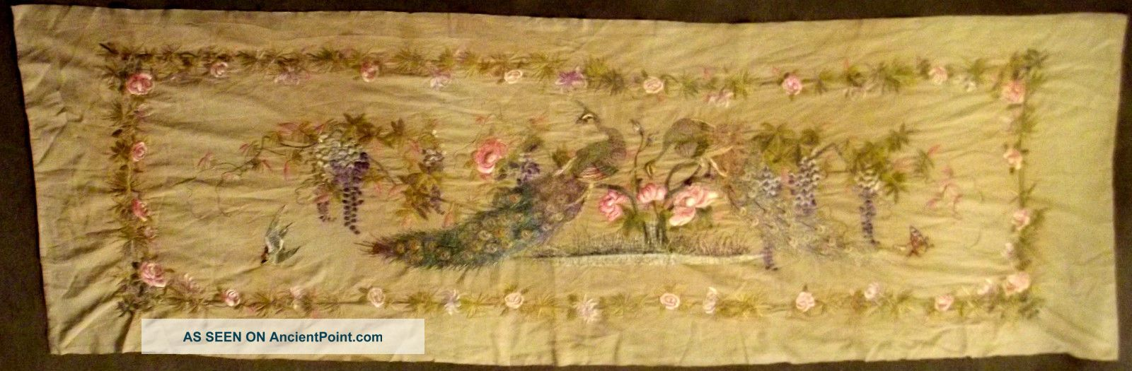 A Large Quality Antique Vintage Chinese Silk Embroidery Qing Dynasty Textiles photo