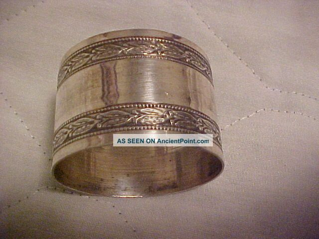 Silver Napkin Ring 1 1/4 Inch Tall Marked W/ Man ' S Head G B In Diamond Napkin Rings & Clips photo
