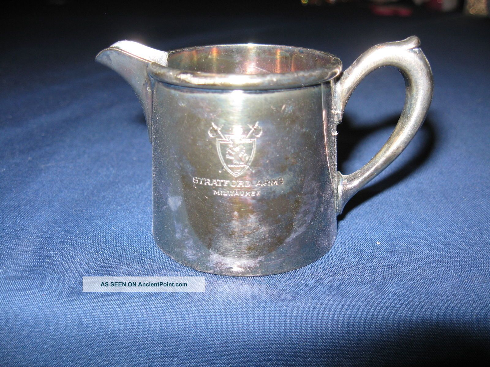 Vintage R Wallace 2 Oz Silver Soldered Ind Creamer Stratford Arms Milwaukee Creamers & Sugar Bowls photo
