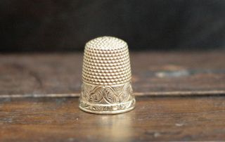 Estate Antique Victorian 14k Yellow Gold Hand Engraved Sewing Thimble O88 photo