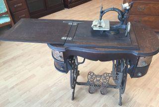 Willcox & Gibbs S.  M.  Co Sewing Machine York photo