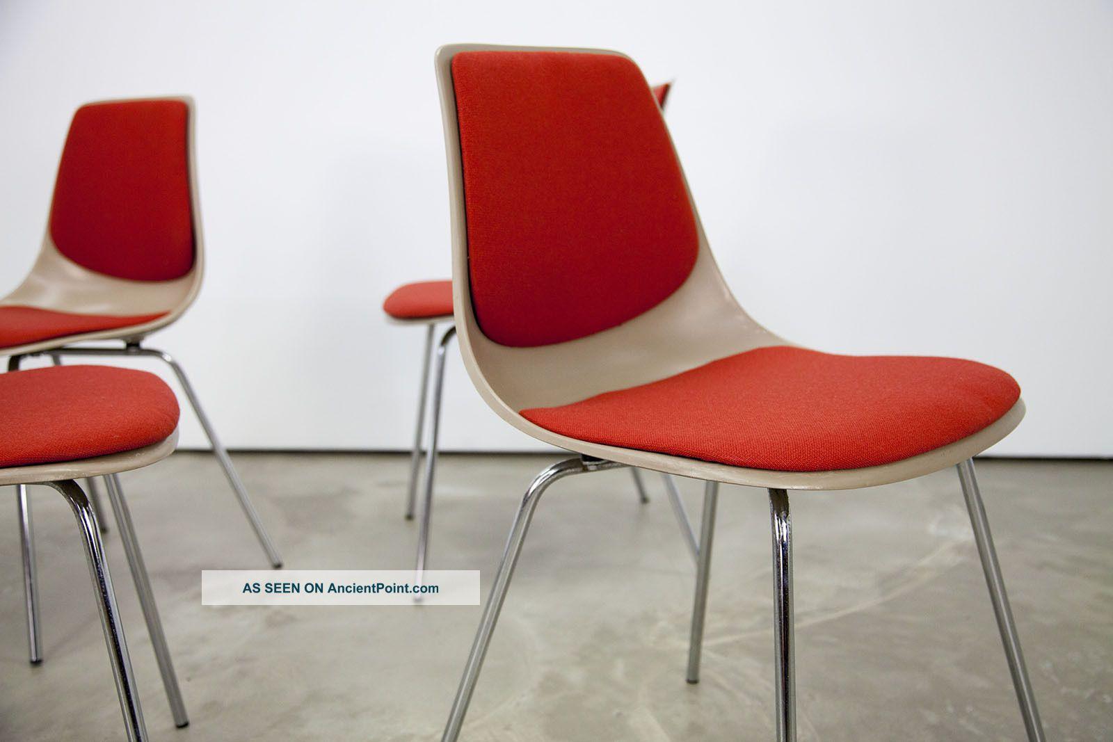 4 Mid Century Modern Fiberglass Side Chairs 224 By Wilkhahn