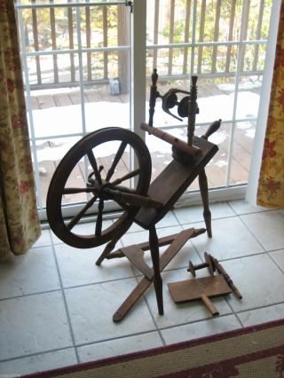 Late 1800s Antique Spinning Wheel With Spool Flyer Wool Brush & Bobbin 17