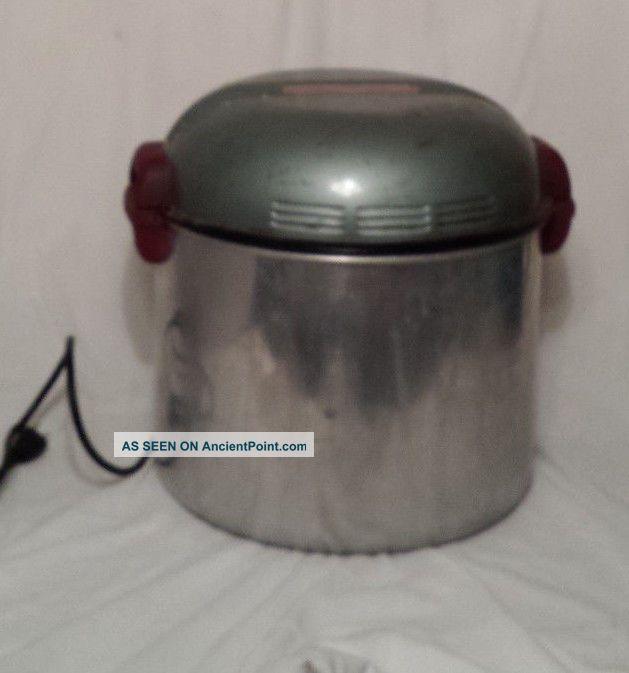 Vintage Electric Handy Hot Tabletop Washer Washing Machine Handyhot Blue Washing Machines photo