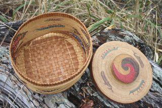 Large Nootka Basket Swirl Lid Knob Top.  Old Nuu Chah Nulth.  Makah Canoe,  Bird photo