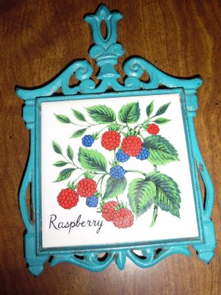 Antique Blue Trivet With Raspberry photo