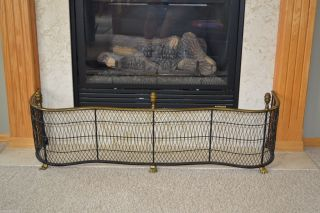 Virginia Metalcrafters Williamsburg Style 5140 Larger Woven Fireplace Fender photo