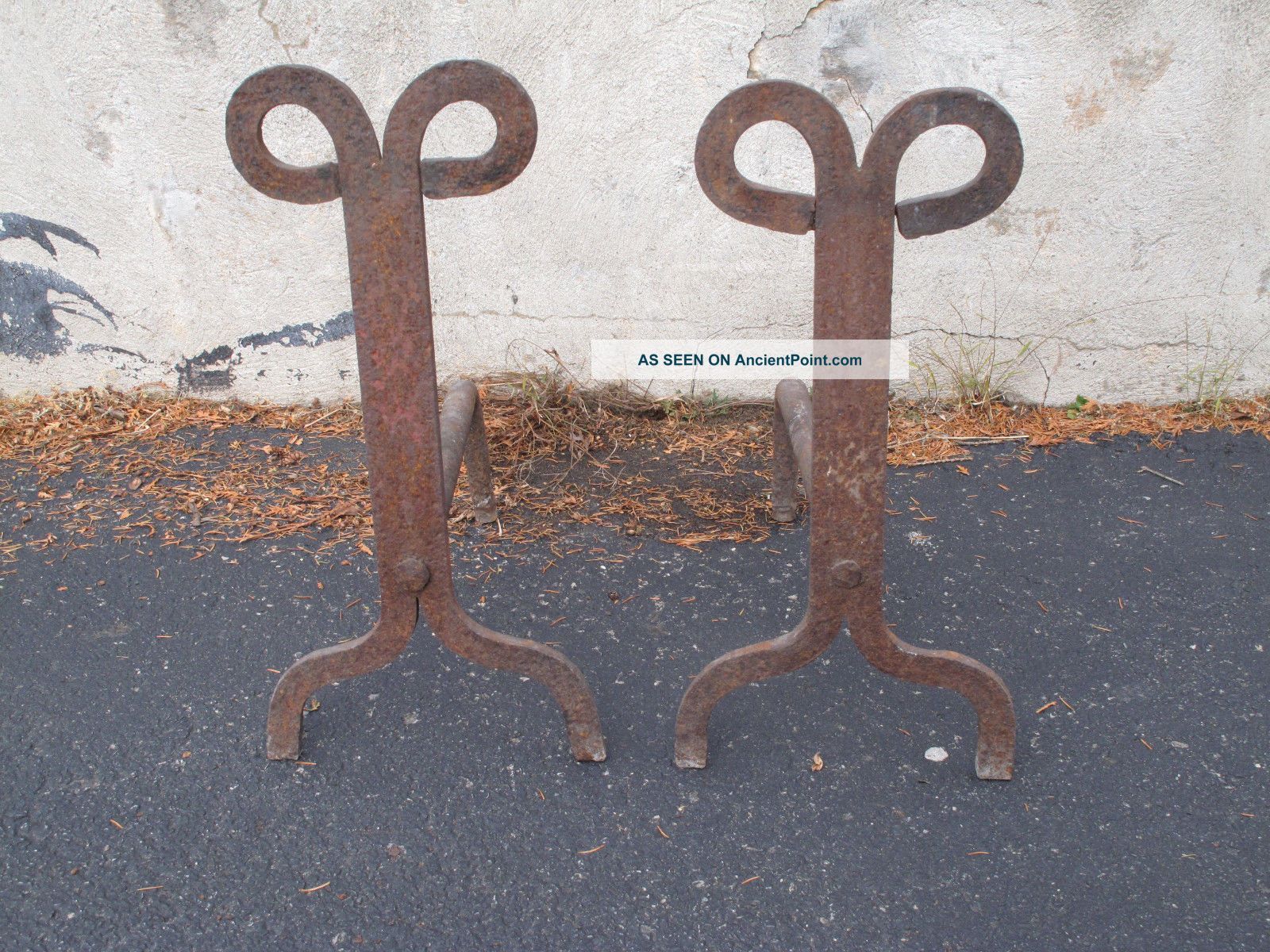 Large Antique Rams Head Cast Iron Hand Forged Primitive Arts & Crafts Andirons Hearth Ware photo