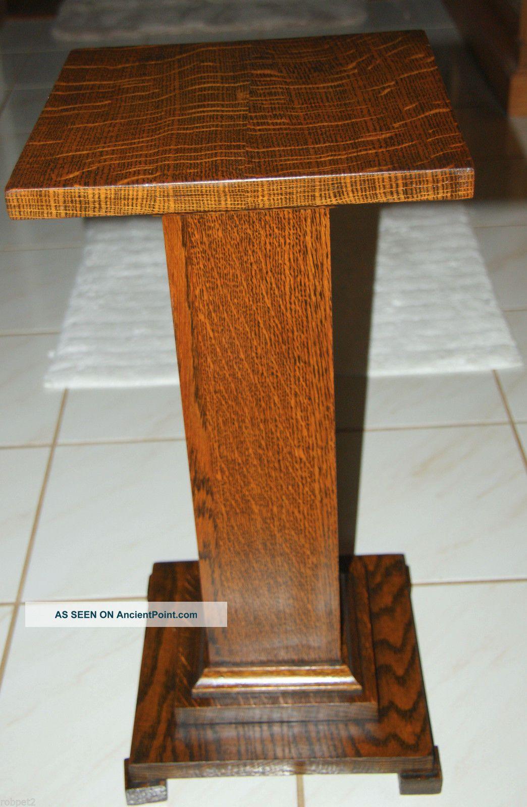 Antique Tiger Oak Pedestal Stand. 1900-1950 photo