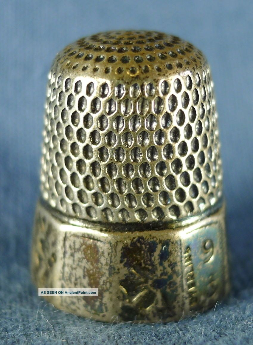 Lovely Engraved Sterling Silver Sewing Thimble,  Size 9,  6 Grams Thimbles photo