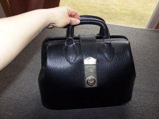 Vintage Kruse Black Top Grain Cowhide Leather Doctors Bag 13 X 9.  5 X 6.  5 photo
