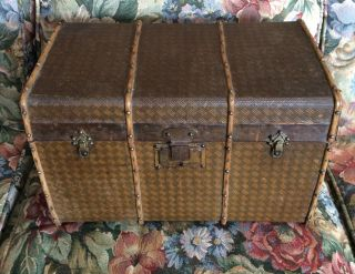 Antique Child Doll Clothes Miniature Sample Steamer Travel Trunk With Tray photo