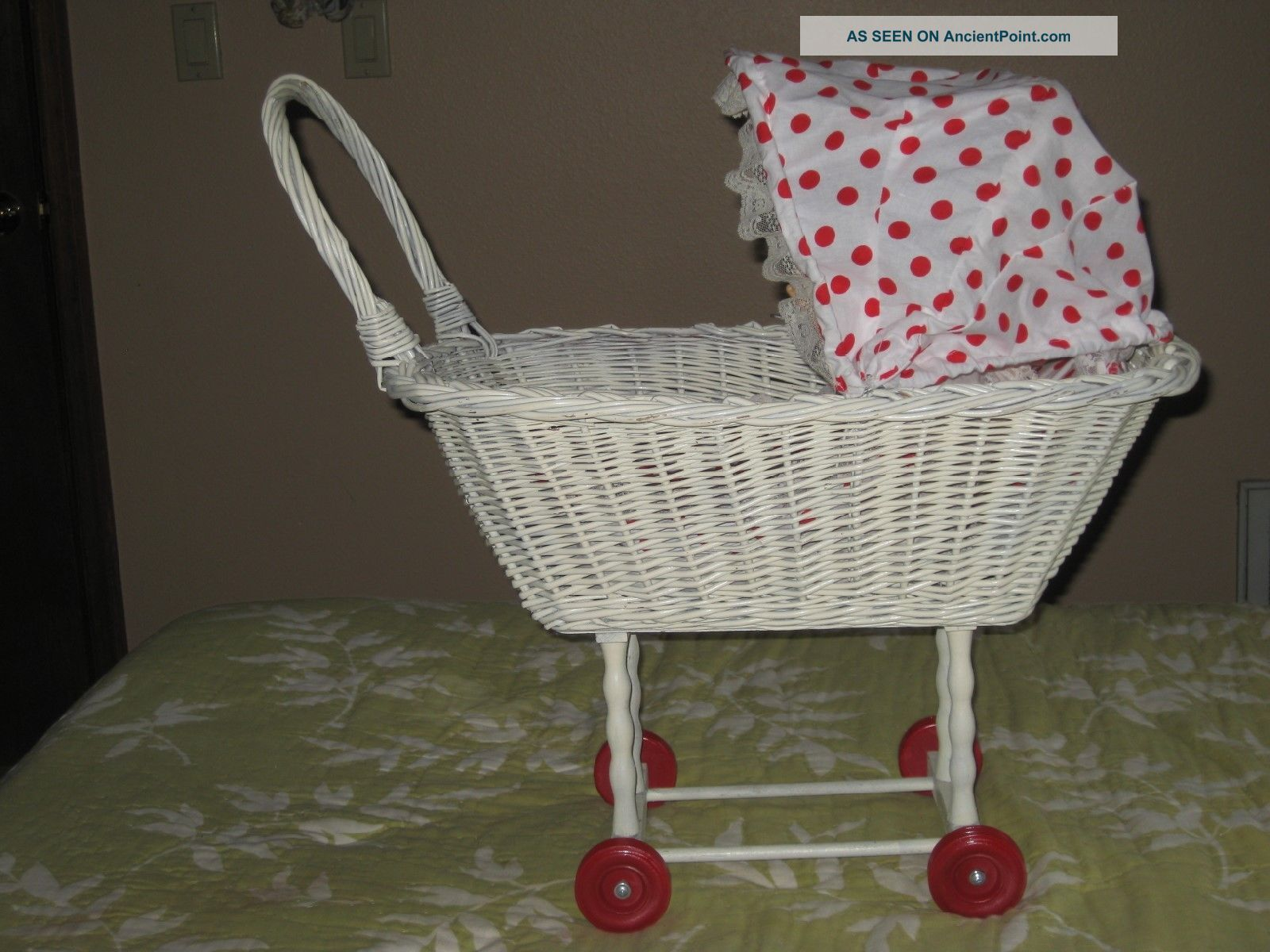 Vintage Wicker Babydoll Stroller/carriage Baby Carriages & Buggies photo