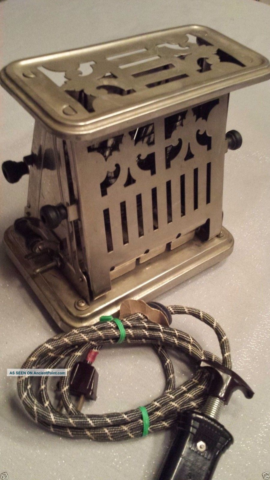Universal Toaster E9412a Landers Frary Clark Vintage Antique,  With Cord, Toasters photo