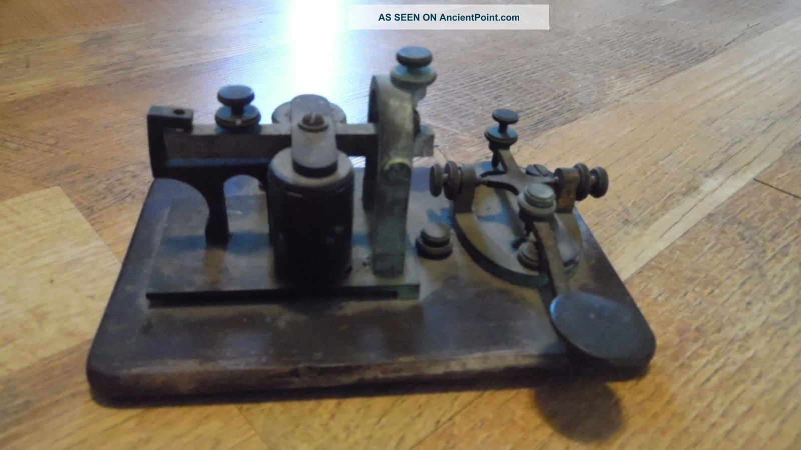 Antique Manhattan Electric Supply Co Morse Code Telegraph Key & Sounder 4 Ohms Telegraphs photo