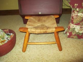 Vintage Oak 4 - Leg Foot Stool With Rush Seat - Very photo