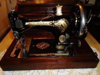 Antique 1900 Singer Hand Crank Sewing Machine 28k Scotland P274384 photo