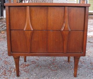 Mid Century Brasilia Style Walnut Nightstand Danish Modern End Table Broyhill photo