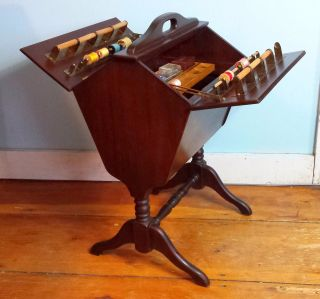 Vtg Mahogany Sewing Box Table W/ Built - In Spools,  Sliding Tray & Accessories photo