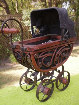 Vintage Wicker Metal Baby Doll Carriage Pram Stroller Buggy Bassinet Victorian photo