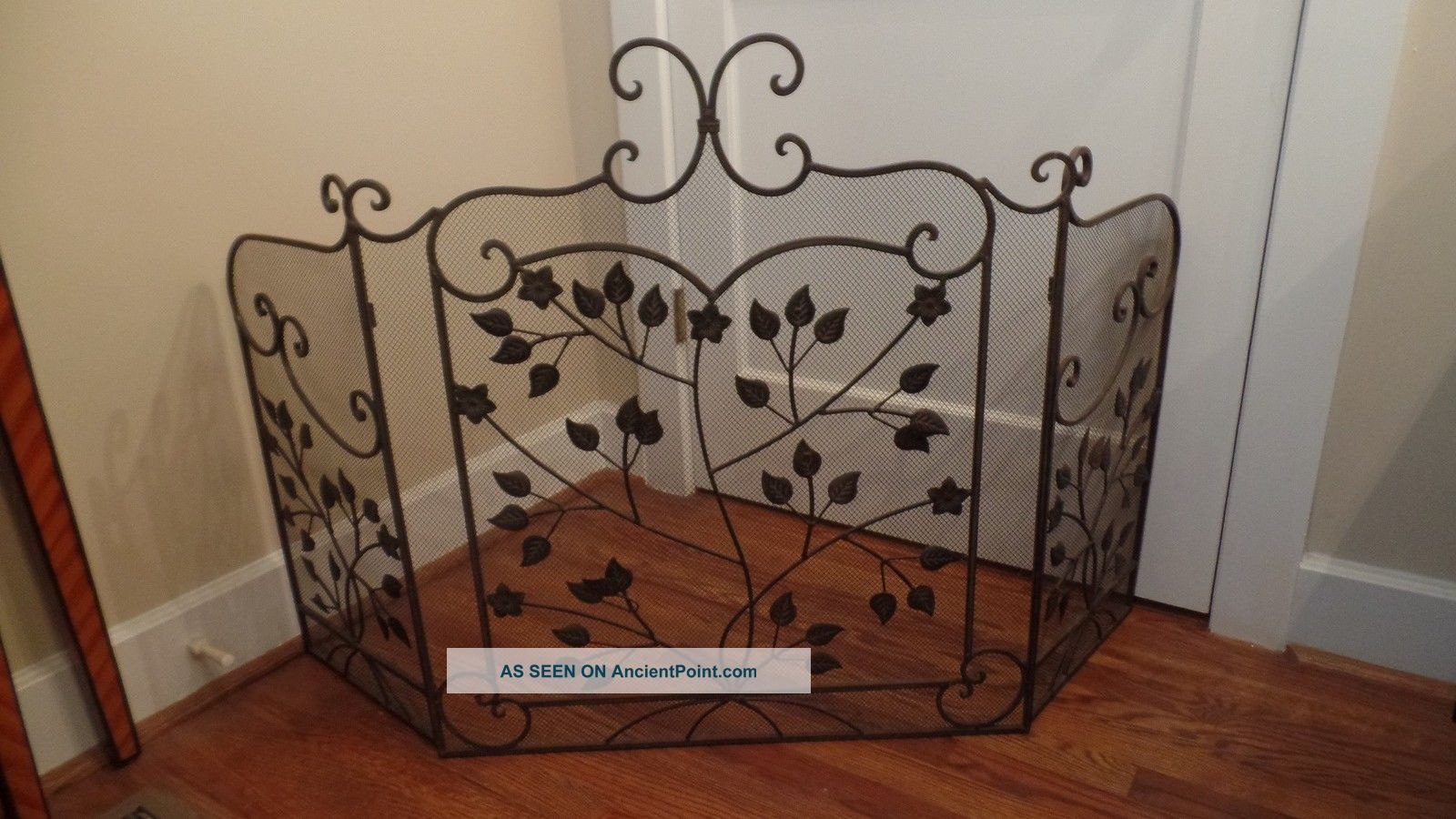 Vintage Wrought Iron Metal Tri - Fold Leaf Scroll Design Fireplace Screen Hearth Ware photo