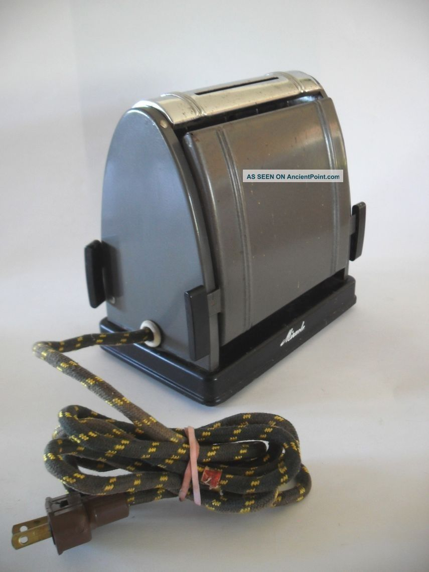 Vintage 1930 ' S Miracle Flapper Electric Antique Toaster 2 - Slice No.  210 Art Deco Toasters photo