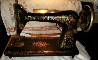 Singer Red Eye Model 66 Sewing Machine 1919 G6943839 photo