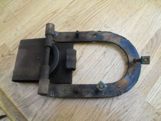 Antiquecast Barn Hardware Latch And Pulley Horse Shoe Shape Heavy Metal photo