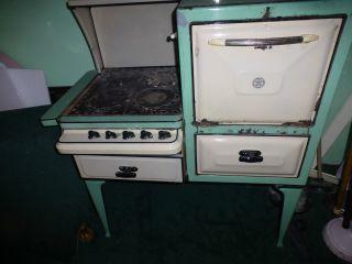 Antique 1920 ' S Even Heet Gas Stove Porcelain Cast Iron Urners Double Oven photo