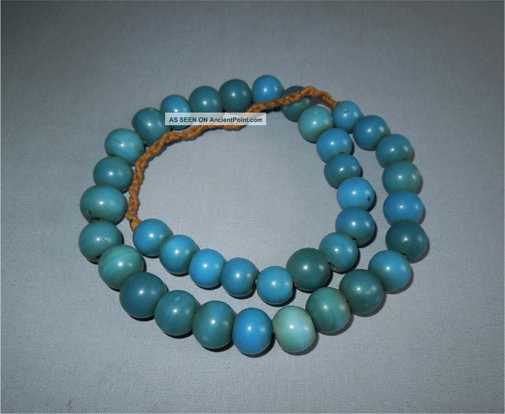 Antique North East India Top Very High Aged Adi Tribe Round Blue Glass Beads Pacific Islands & Oceania photo