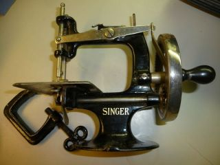 Vintage Childs Singer Sewing Machine W/ Clamp Hand Crank Exc photo