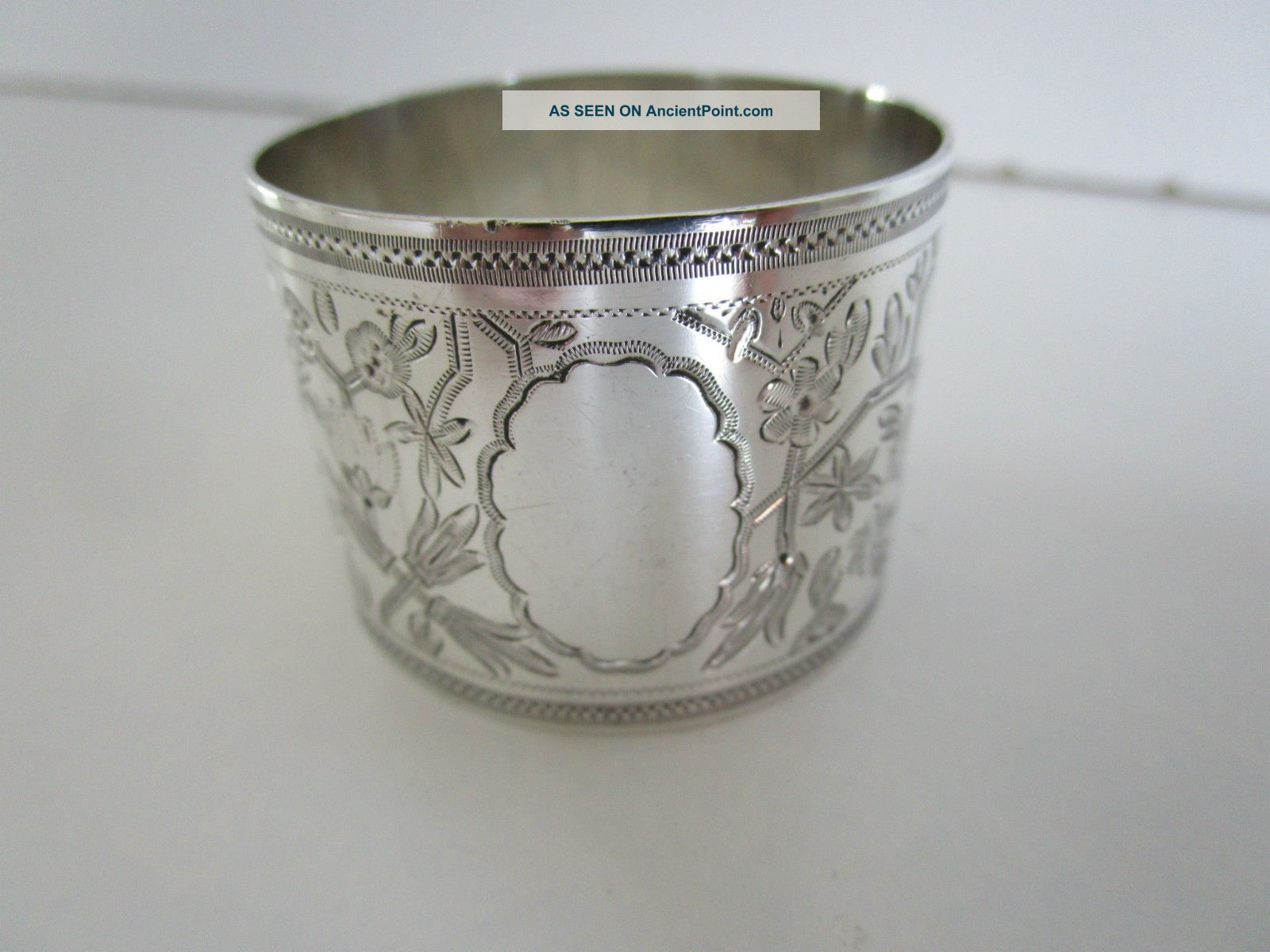 Victorian Sterling Silver Napkin Ring.  Hallmarked Sheffield 1889. Napkin Rings & Clips photo