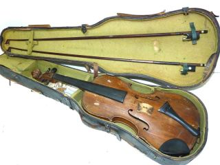 Antique Very Old Full Size 4/4 Scale Unlabeled Violin W/ 2 Bows (tourte) & Case photo