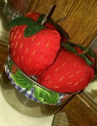 Primitive Stainless Steel Mini Bowl Of 4 Giant Strawberries Hand Embroidered photo