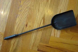 Neverbreak Fire Shovel Cast Iron 1926 Fireplace Ash Coal Columbus Ohio Usa Wood photo
