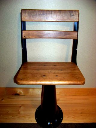 Vintage School Chair With Pedestal Base 1950 ' S Or Older Rock Maple Restored photo