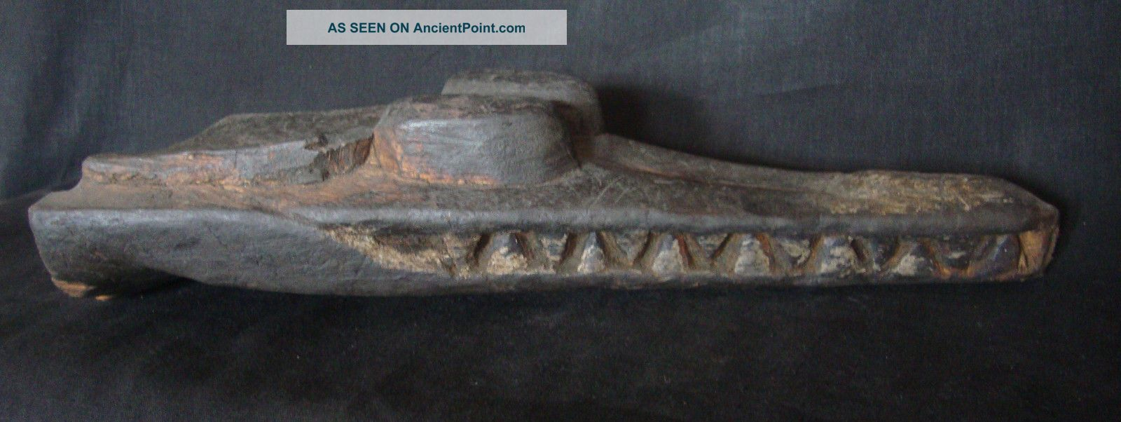 Old & Authentic Carved Crocodile Canoe Prow Trad.  Mid.  Sepik Papua Guinea. Pacific Islands & Oceania photo