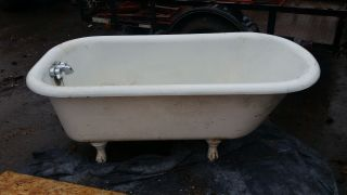 Vintage Clawfoot Tub With Feet.  5 Foot Long,  Ssm Co.  P W Made In 1922 photo