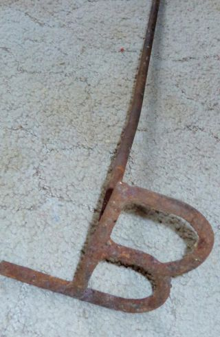 Antique 19th Century Cattle Cow Iron Steel Branding Iron Letter ' B