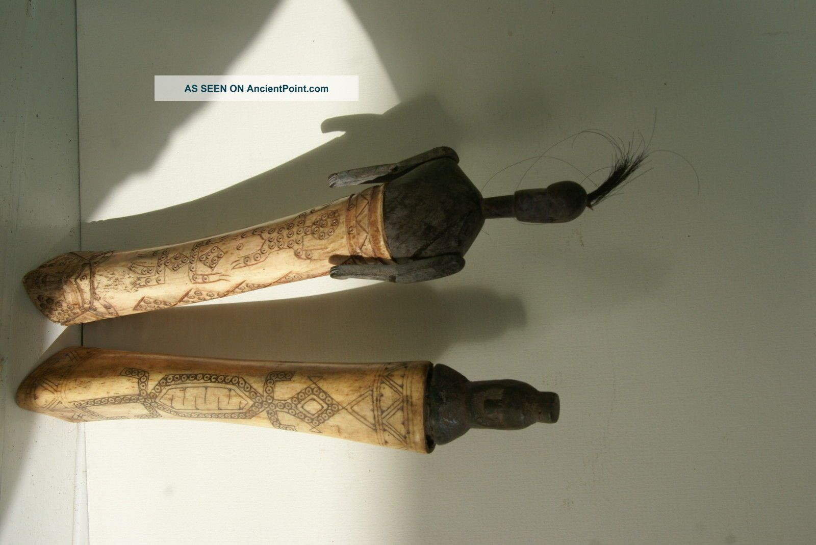 Old Dayak Shaman Bubalus Bone Detailed Scrimshaw Lime Betel Totem Container Bn16 Pacific Islands & Oceania photo